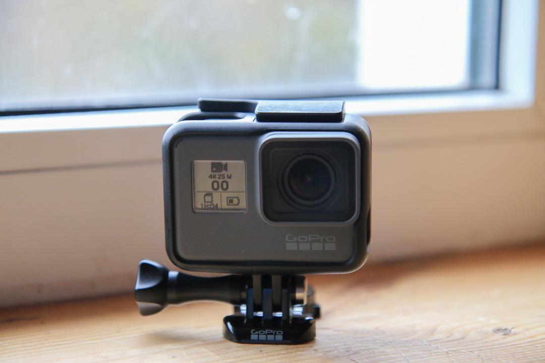 fd0ade9868b ... juba mitmeid ja mitmeid aastaid, ent varem pole ettevõte korraga  avalikkusele näidanud nii maapealset kaamerat kui ka õhus lendavat kaamerat  ehk drooni.