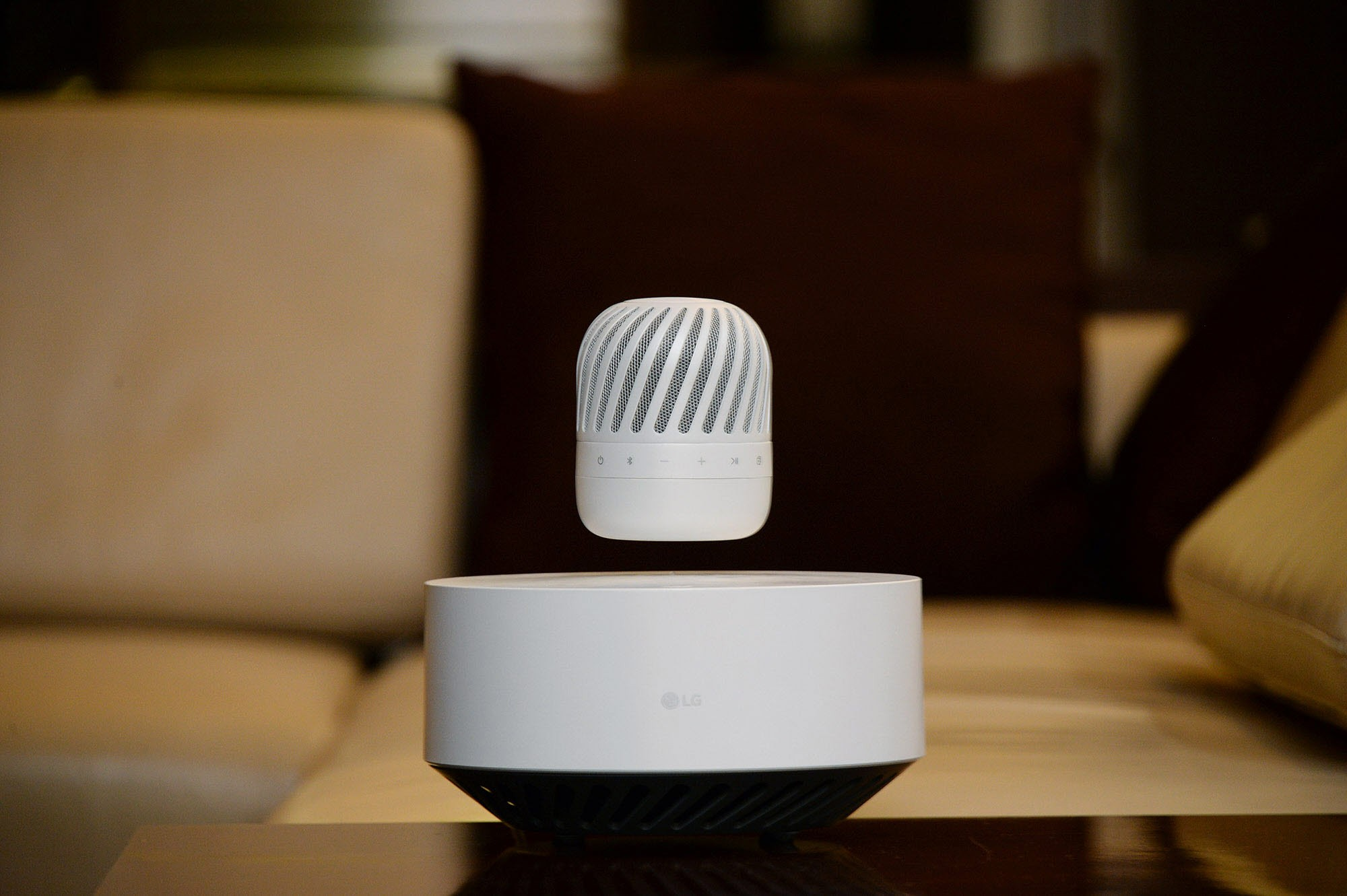 LG-Levitating-Portable-Speaker1